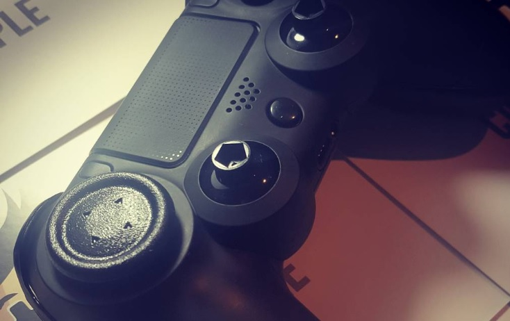 The Sony DualShock 4 vs the TCP Ultimate II: Which is the Best PS4 Controller?